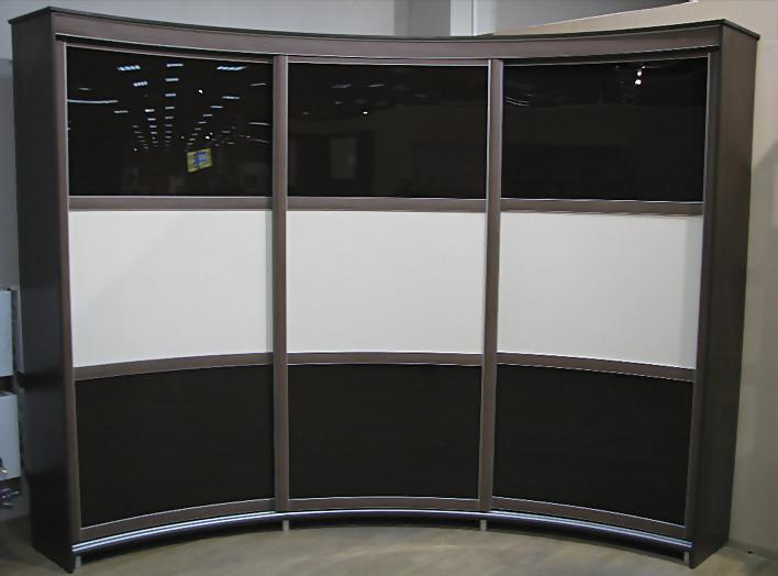 радиусный шкаф-купе на 3 двери