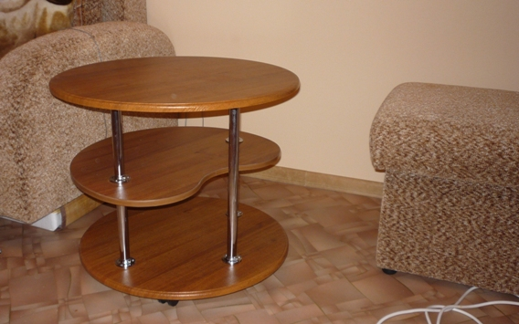 столик  журнальный трехуровневый с хромированными стойками