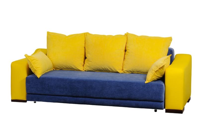 Красивое сочетание желтого кожзама на подлокотниках с ярким флоком