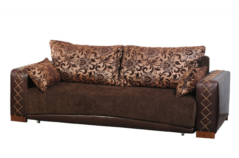 Основа и подушки - шинил, подлокотники - кожзам