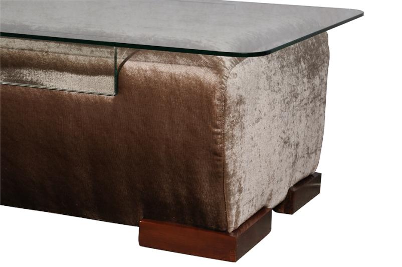 Оригинальный столик-пуфик