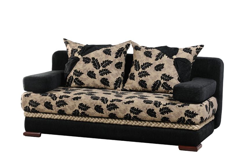 """Декор: """"коса"""" и банты на подушках"""