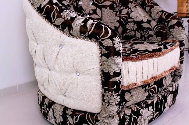 Боковой элемент кресла с кристаллами Сваровски