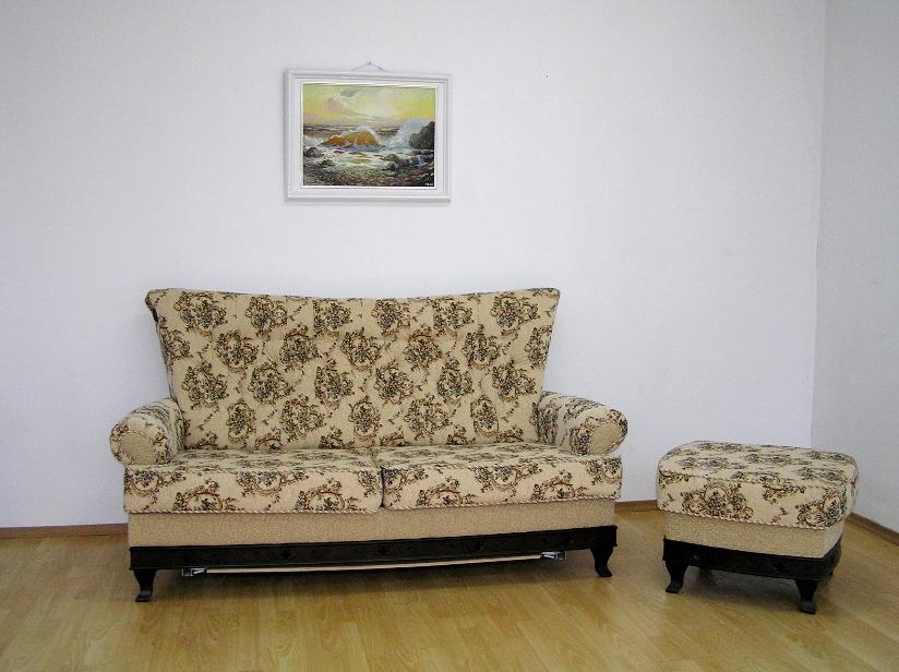 """Фараон"": диван и пуфик  в  жаккарде"