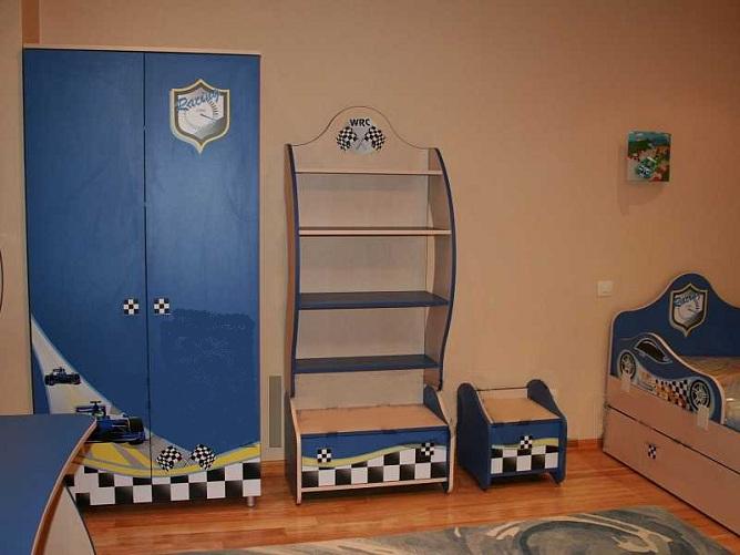 Детский шкаф в интерьере