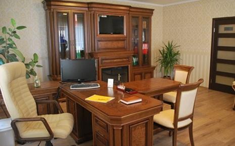 """Деревянная мебель для кабинетов и библиотек """"Юрвит"""""""