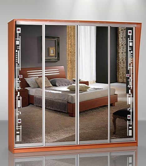 Шкаф 4 двери: зеркало + пескоструй