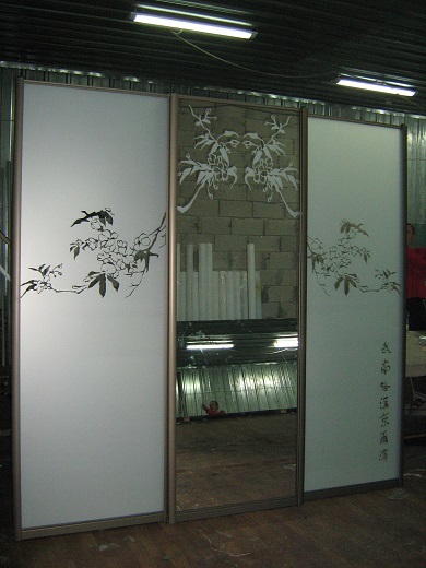 шкафы-купе с пескоструем (фото 17)