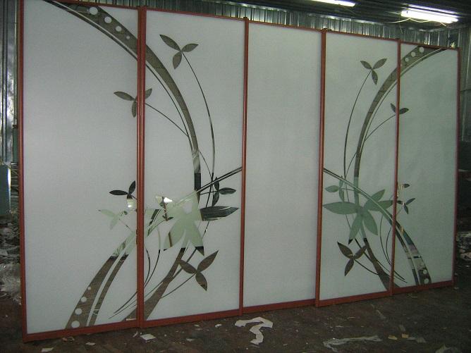 шкафы-купе с пескоструем (фото 2)