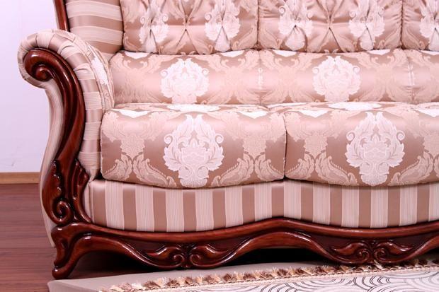 "Деревянный декор дивана ""Консул"""