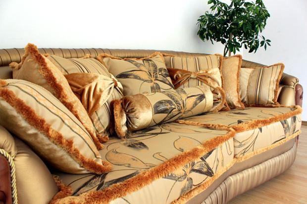 """Декор дивана """"Злата"""""""